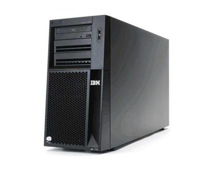 IBM System X3650 M2 Nehalem (7947 32A)